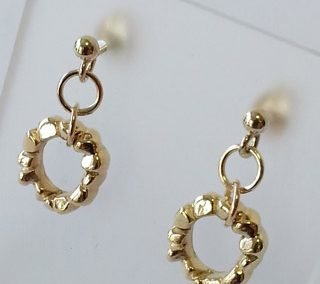 9kt yellow gold block ring button stud earrings