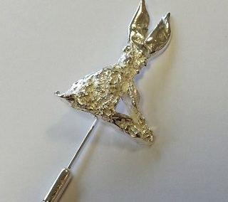 BAC Fine silver hare pin