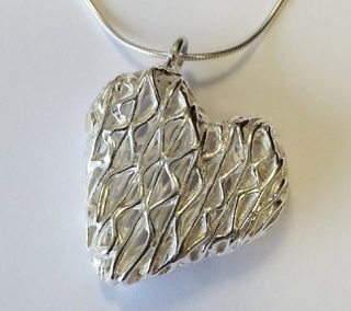 Fine silver hollow heart pendant fixed bail zigzag