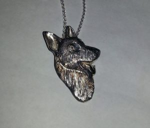 Dog portrait pendant in sterling silver