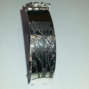 Sterling silver Manuka tree engraved bracelet 2