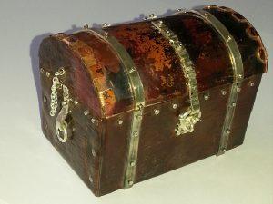 Copper pirate's treasure chest