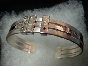 Slider cuff with 3 engraved names